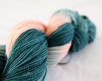 Secret Garden - Gosling - 80/10/10 superwash merino/ cashmere/ nylon sock yarn