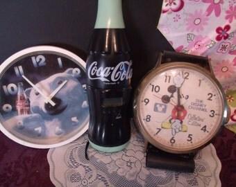 Set of three vintage Collectors Clocks, (# 666/31)