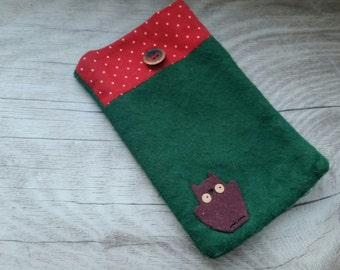 Cell phone case / pouch Wood Wald with OWL in the green red toadstools for Samsung, iPhone, Nokia, HTC etc. - > made to size / model
