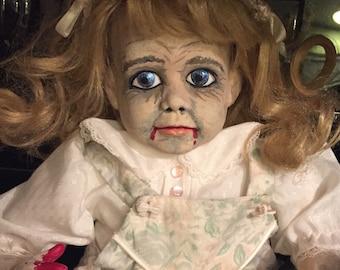 Creepy Doll - Gretchen