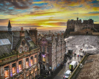 Sunset over Edinburgh Castle,download,digital,printable,Scotland,photography,architecture,sky,golden,colourful,skyline,resolution,fine art