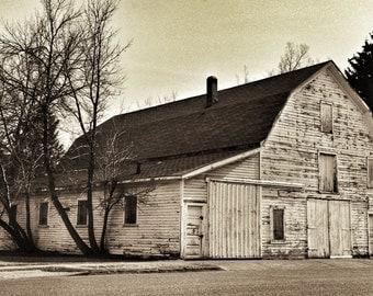 Old barn in Calgary