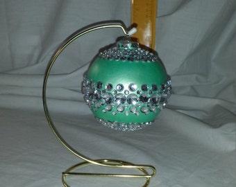 Lg Green Jewled Ball / stand