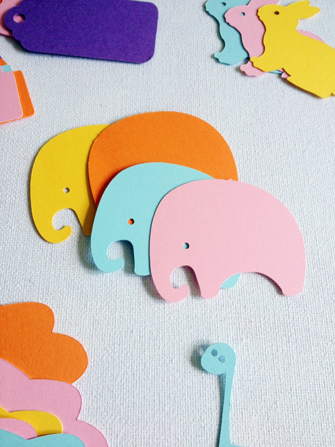 elephant essays kids Notes & essays  the elephant holding its tail is not mali (alternatively spelled  maali)  imagine a kid from public school, getting the chance to hand an  elephant a banana, she takes it gently with her trunk and kid's eyes just.