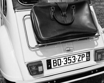 Want to travel... Citroen 2CV...