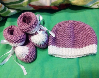 Alpaca and silk baby girl booties and hat for newborns
