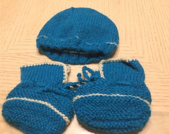 100% Alpaca baby hat and booties (blue) 0 - 3 months old