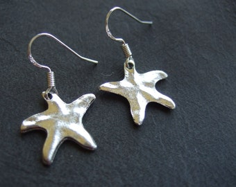 Starfish earrings, silver star earrings, dangling stars, nautical jewelry, maritime earrings, textured stars, star fish jewellery, gift her