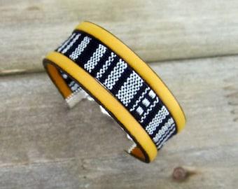 Ethnic bracelet leather yellow mustard, black/white linen fabric, adjustable clasp