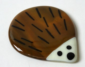 Hedgehog coaster, fused glass coaster, glass hedgehog, drinks mat, gift for her, stained glass art, home decor, Christmas gift for him
