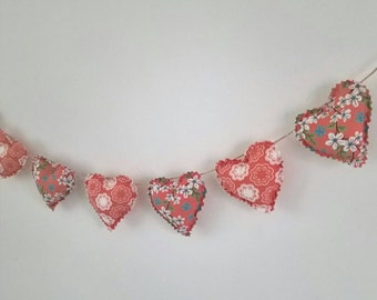 Hand Made Shabby Chic 7 Heart fabric Garland Bunting Coral Ditsy Floral