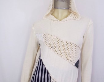 HOODED SWEATER #095