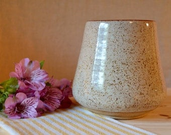 Vase or utensil holder - cream and brown glaze on speckled tan clay