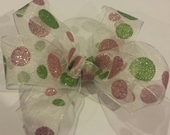 Super cute pink & green bow