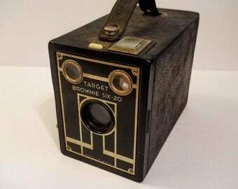 Vintage Camera - Brownie Target Six-20