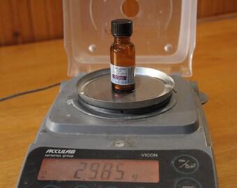 Cinnamon Oil, Natural and Artificial, 2.98 grams