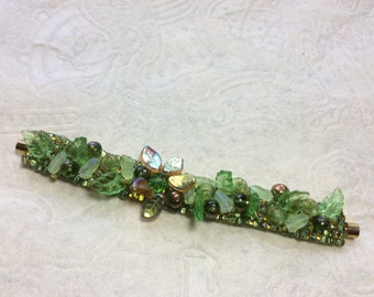 Beaded bracelet // beaded cuff // bracelet // cuff // Some Like It Green