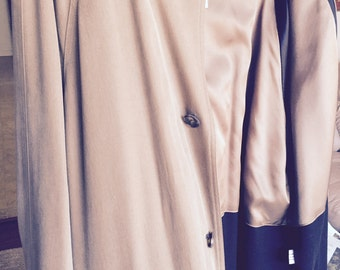 Beautiful US made wool lined rain/overcoat  size 44