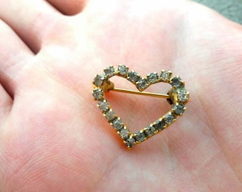 Gold heart brooch with Swarovski