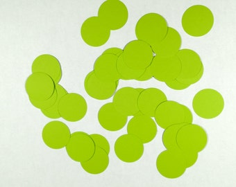 Lime green table confetti table scatter