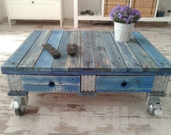 Pallet furniture range table