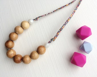Nursing necklace/teething necklace: aromatic juniper and liberty (pepper)