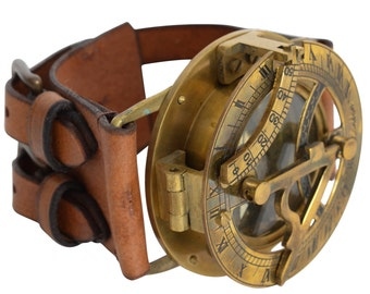 Gusti leather 'Dennis' Leather Steampunk Sundial compass