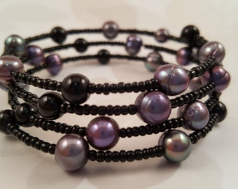 Glass & Seed Bead Bracelet in Black and Grays