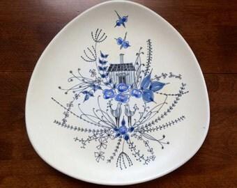 Stavangerflint Plate, Opaque line designed by Inger Waage (design 221), Mid-Century Modern