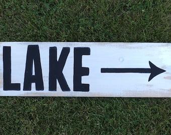 Lake Sign, LAKE with Arrow Sign, Lake House Sign, Lake House Decor, Reclaimed Wood Sign, Personalized Gift, Reclaimed Wood Lake House Sign