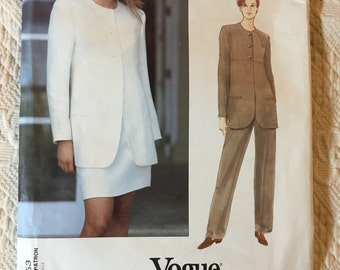 Vintage Vogue Calvin Klein Sewing Pattern 1553.