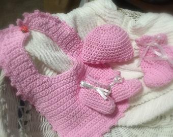 Newborn girl gift set - Hand crocheted