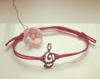 Clef - charm on a bracelet in pink, waxed cotton, vintage, statement, blogger, music, sheet music