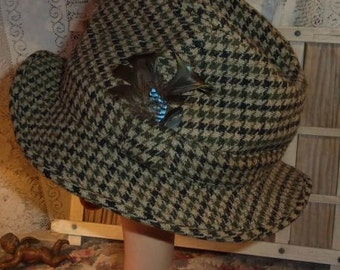 A beautiful vintage brand CHRISTYS LONDON for boy hat, Hunt