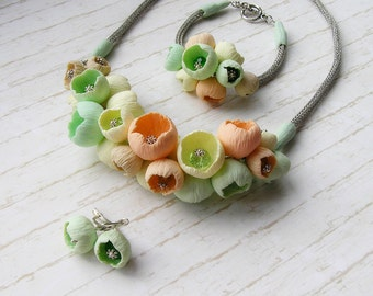 Jewelry set pastel flowers buds necklaces light green bracelets light green earrings light green peach yellow polymer clay Viking knit chain