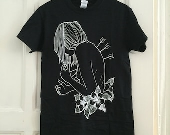 T shirt Ars Bellis girl