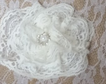 White Lace Flower Fascinator