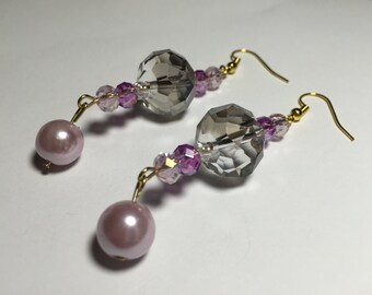 Crystal and pink pearl glass beaded dangle earrings