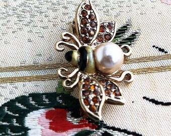 Lauren Conrad LC/Topaz Rhinestone/Faux Pearl Bumble Bee Brooch/Pin