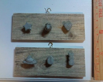 set of 2 wall hangers for jewelry, hairbows, etc.