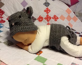 Crocheted mouse beanie