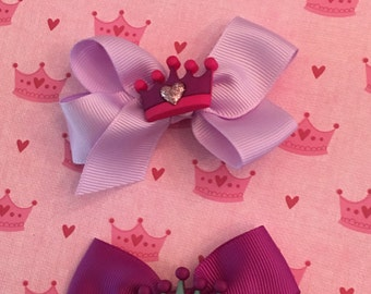 Crown charms on bows