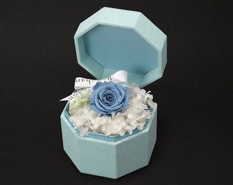 ONE & ONLY Blue Rose Gift Box