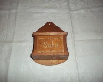 Vintage wooden SALT SALT SHAKER