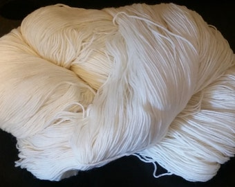 100% Super Soft Merino Wool Yarn (1 LB) Sport Weight (undyed)