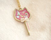 Crystal Kitty Wand Necklace Deep Pink. UV Resin Jewelry. Iridescent Cat Charm. Mahou Shoujo Magical Girl Inspired. Fairy Kei. Uchuu Kei.