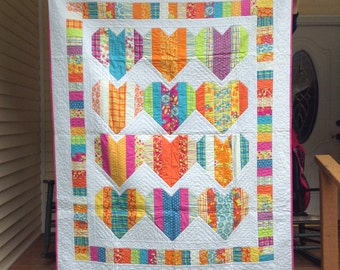 Heart Strings Twin Quilt