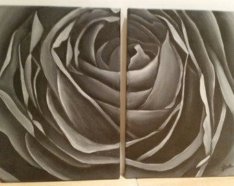 Grayscale rose 1