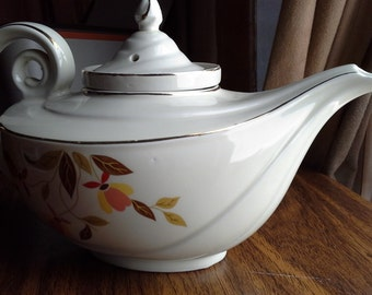 Hall's Autumn Leaf teapot with strainer - mint