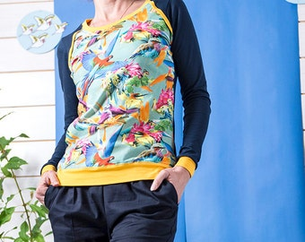 "BIO mix Longsleeve shirt Kinga - ""colourful birds - dark blue"""